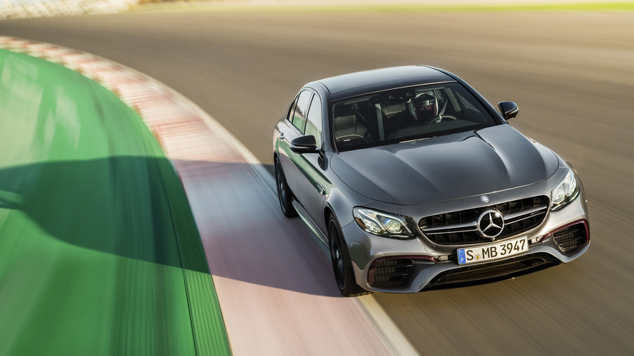 2017 Mercedes-AMG E63 S roars its 603-hp engine on camera