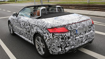 2015 Audi TT Roadster with soft top spied for the first time