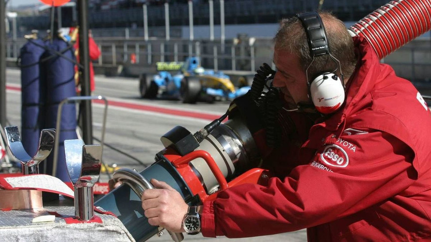 Alonso plays down effect of F1 refuelling ban