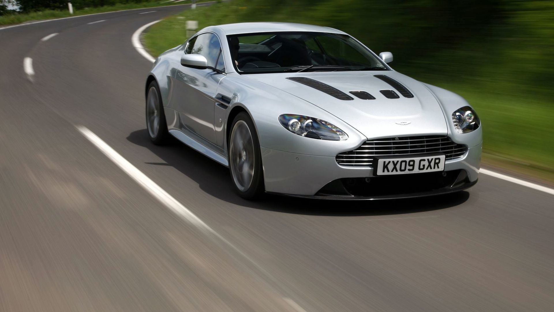 Aston Martin CC100 and Rapide Hydrogen Hybrid coming to the 24 Hours of Nürburgring - report