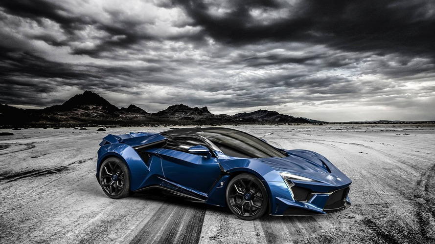 W Motors unleashes Fenyr SuperSport at Dubai Motor Show
