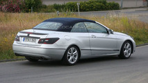2010 Mercedes E-Class Cabrio Caught Burning Rubber on Nurburgring [video]