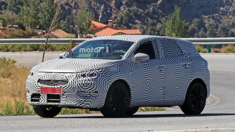 Opel's upcoming C-segment CUV possibly spied