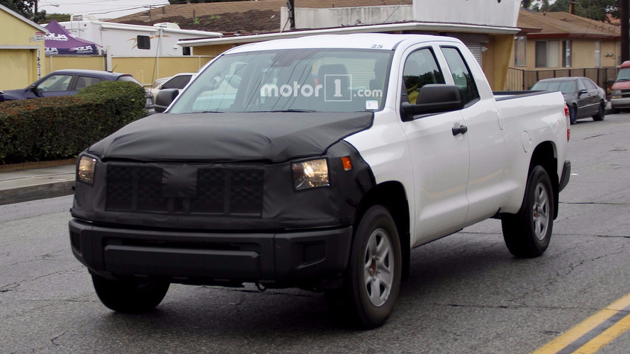 Refreshed Toyota Tundra spied testing with a nose job