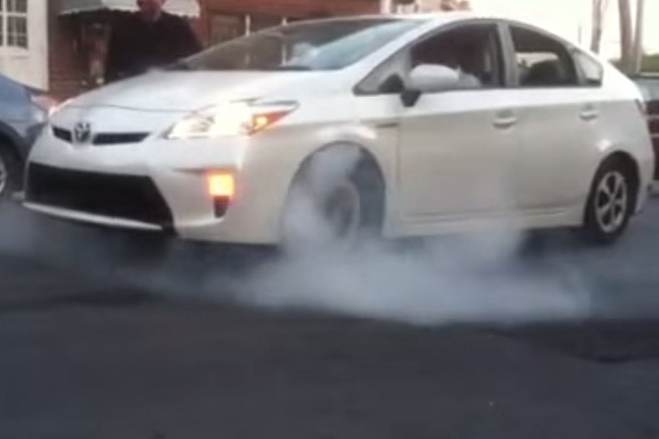 Watch a Toyota Prius Do a Burnout, For Real