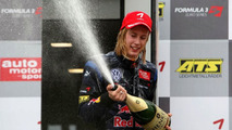 Toro Rosso seat for Hartley possible - brother