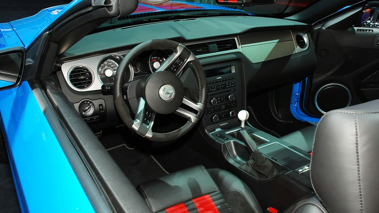 Ford Shelby GT500 Mustang Interior at 2009 NAIAS