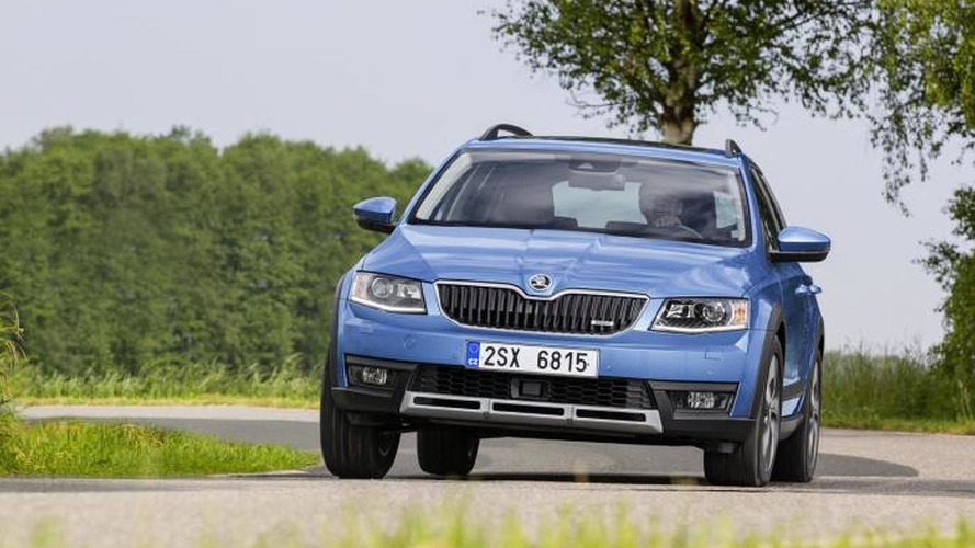 Skoda Octavia Scout detailed, goes on sale from August [video]