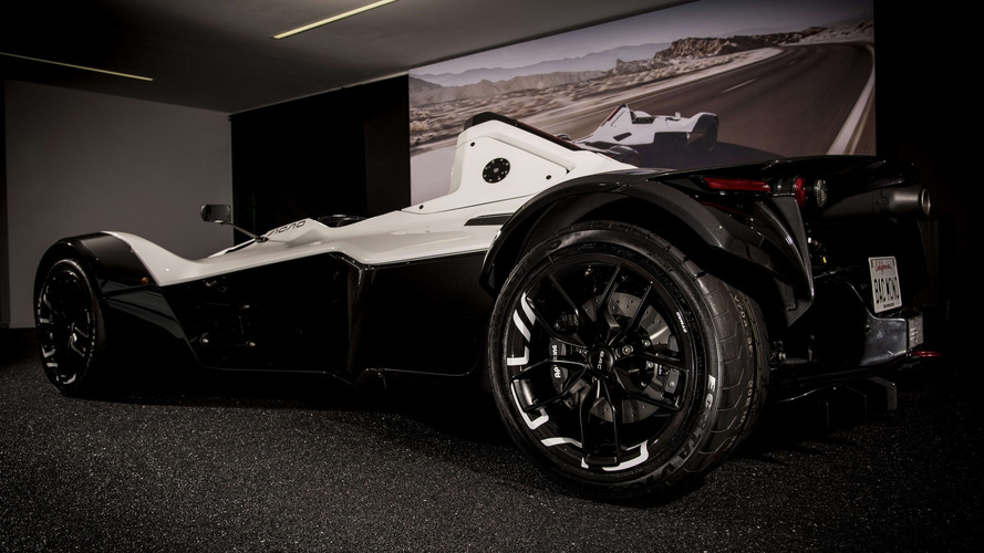 BAC Mono's new carbon-composite wheel looks great