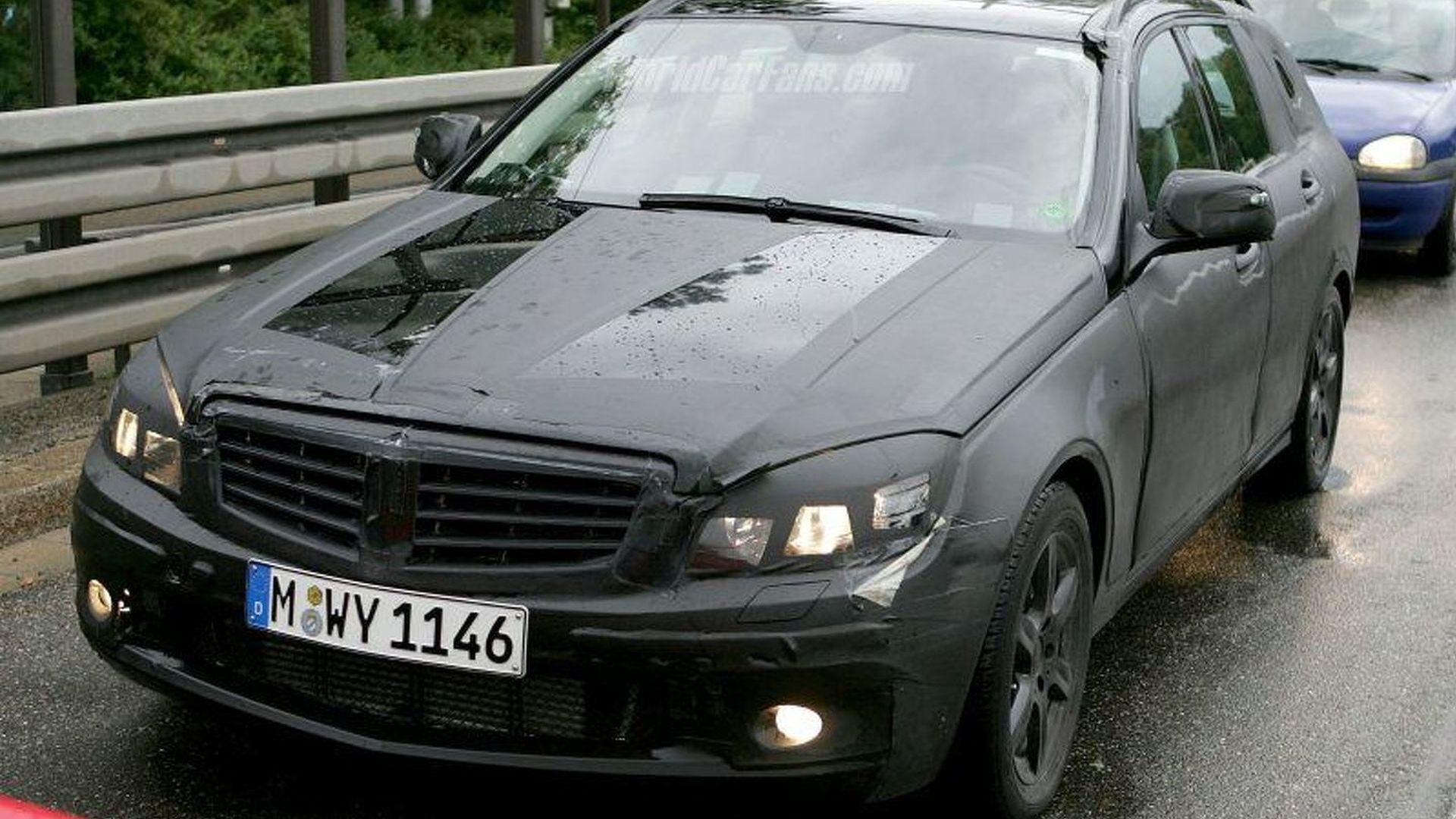 Spy Photos: More 2008 Mercedes C-Class