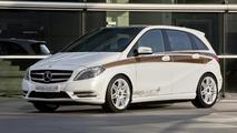 Mercedes-Benz Concept B-Class E-CELL PLUS debuts