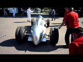 Auto Union and Mercedes W165 engine starts, LOUD!