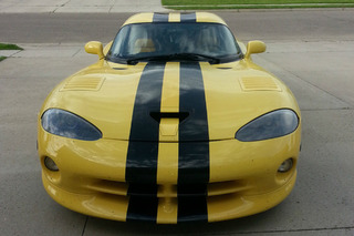 Viper ACR or Corvette Z06: Which Would You Buy?
