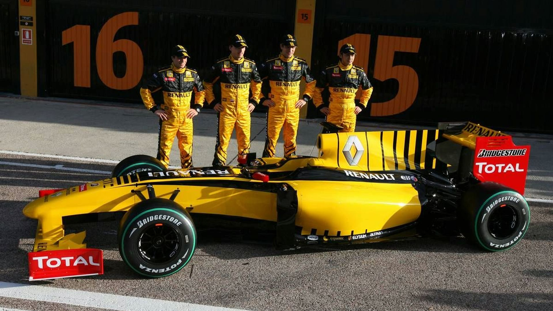Renault say Tung third driver, d'Ambrosio reserve