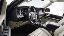 2015 Lincoln Navigator officially unveiled, debuts in Chicago