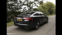 Jaguar XF Black Pack