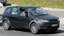SPY PHOTOS: All-New Ford Cross Max