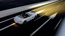 Drag races between Lamborghini Aventador and Mercedes-Benz SLS AMG Roadster [video]