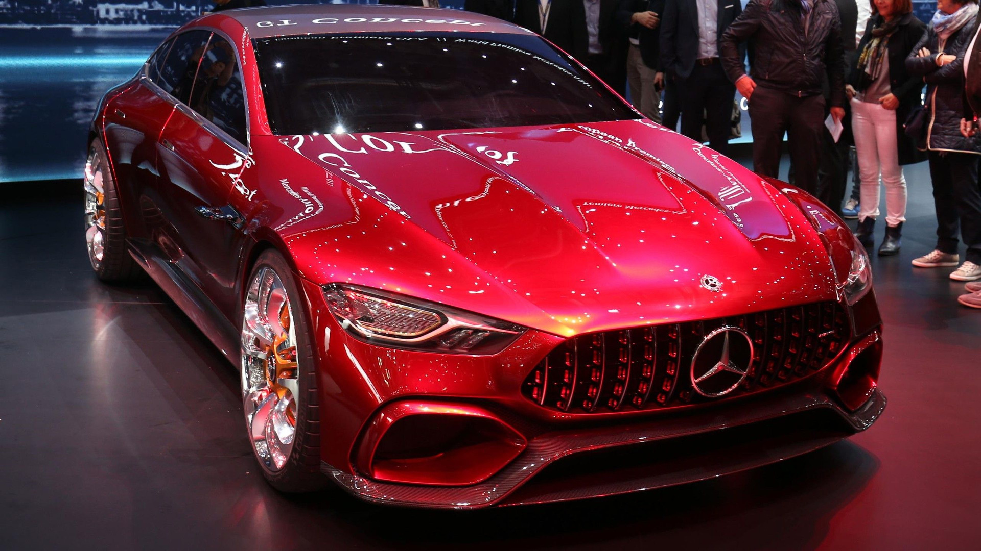 mercedes amg gt concept is the hybrid sports car for the whole family. Black Bedroom Furniture Sets. Home Design Ideas