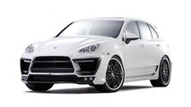 LUMMA reveals CLR 558 GT based on Porsche Cayenne II 09.02.2011