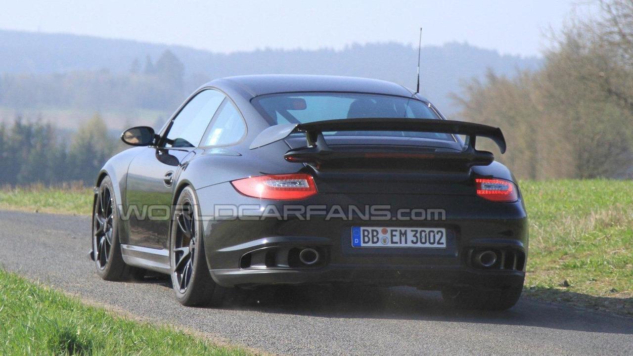 2012 Porsche 911 GT2 Facelift spy photo 20.04.2010