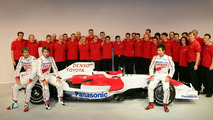Stefan invites Toyota staff to join team