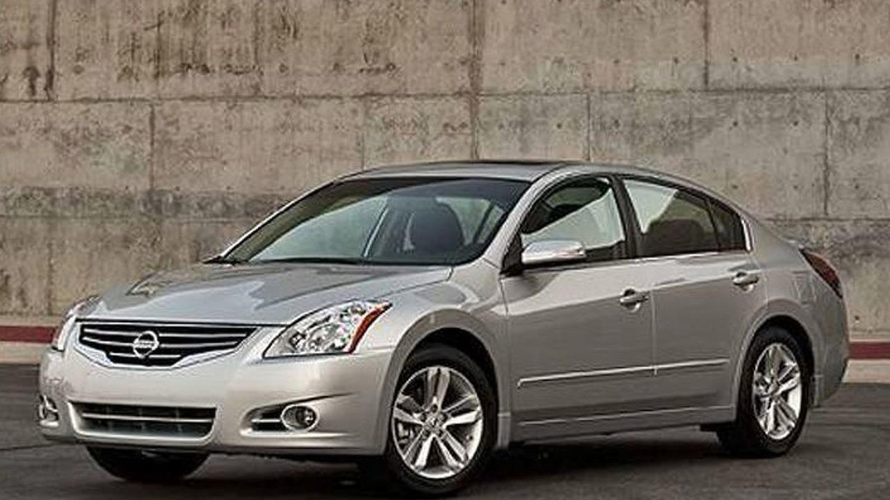 2010 Nissan Altima leaked photo