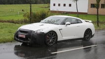 Nissan planning final GT-R facelift before next-gen due in 2017 with hybrid power