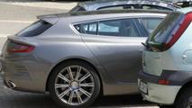 Aston Martin Jet 2+2 spotted in Germany / Autogespot.com