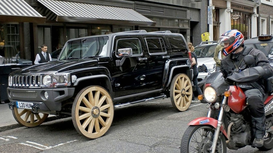 Hummer H3 Gets Wagon Wheels - Literally