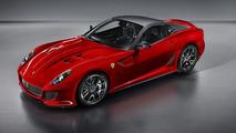 Ferrari 599 GTO makes world debut [Video]
