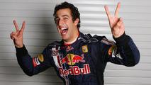 Ricciardo, Hartley, to be Red Bull reserves