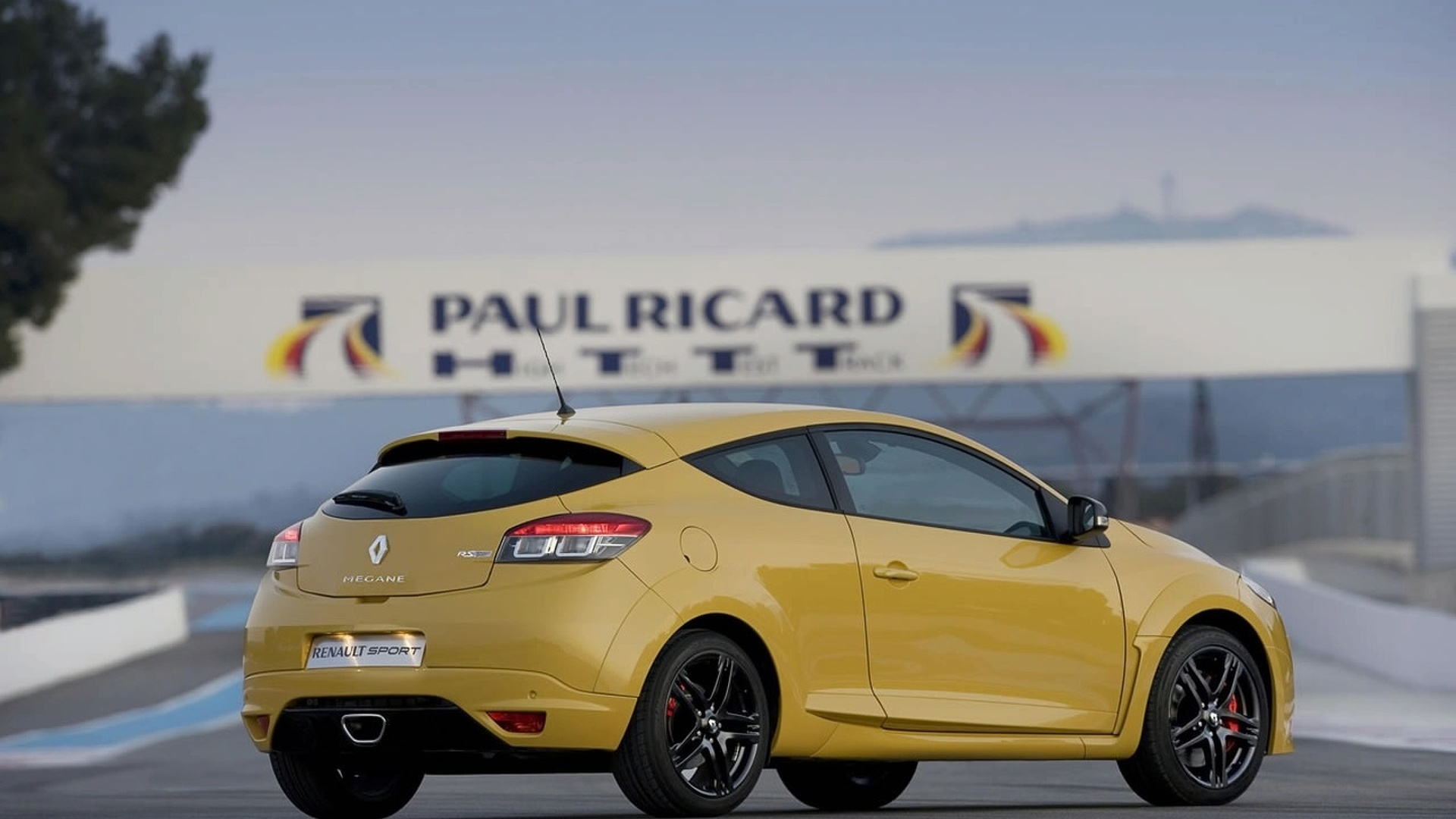 250hp renault megane rs unleashed with video. Black Bedroom Furniture Sets. Home Design Ideas