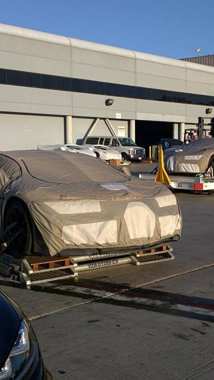 Bugatti Chiron prototype spy photo