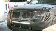 Jeep Grand Cherokee SRT8 Facelift Spy Photos