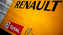 Renault admits teams could run out of engines
