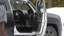 2015 Jeep Junior spied inside & out