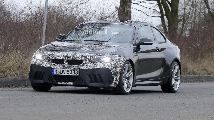 2018 BMW M2 facelift spy photos