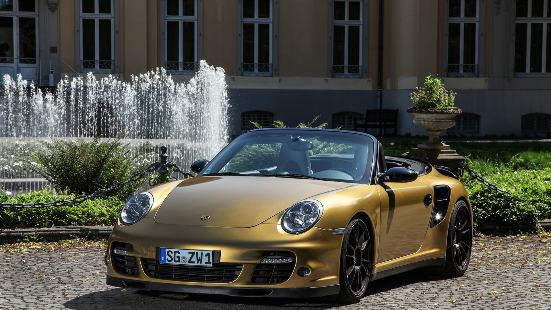Modified Porsche 911 Turbo joins 800+ hp club