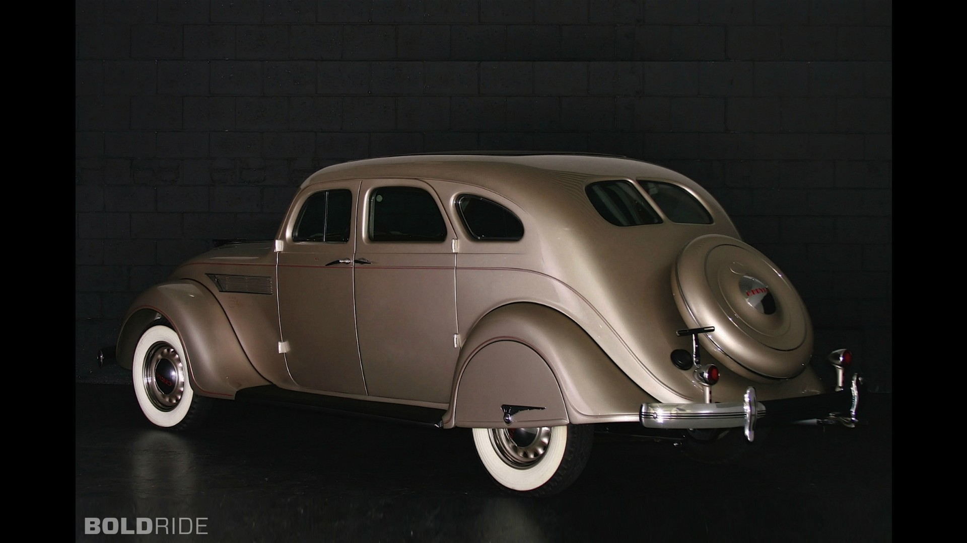 Chrysler Airflow 8 C-1 Sedan