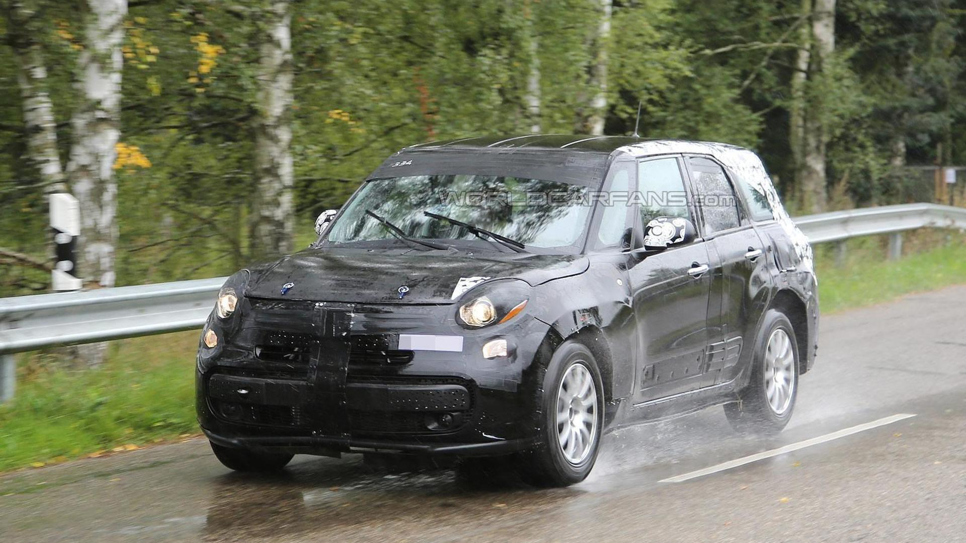 Spy pics show Alfa Romeo's first ever crossover continues testing as weird-looking Fiat 500L