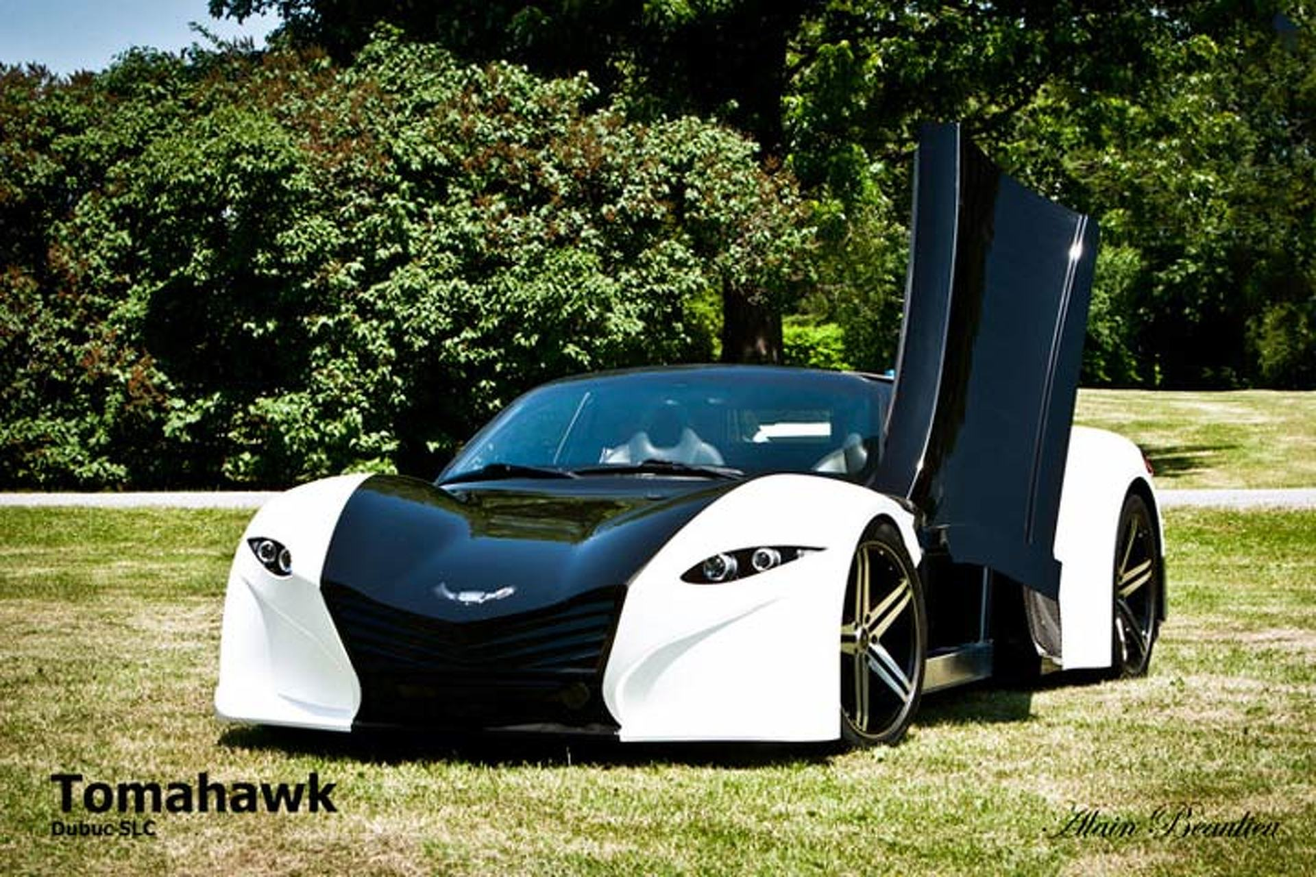 Dubuc Tomahawk EV Looks to Fight Tesla