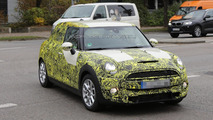 2015 MINI Cooper five-door spy photo 15.11.2013