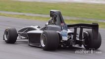 Tout droit sortie des années 70, la nouvelle Formula 5000 a pris la piste