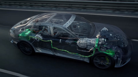 Porsche Panamera 4 E-Hybrid animated cutaway shows how it works