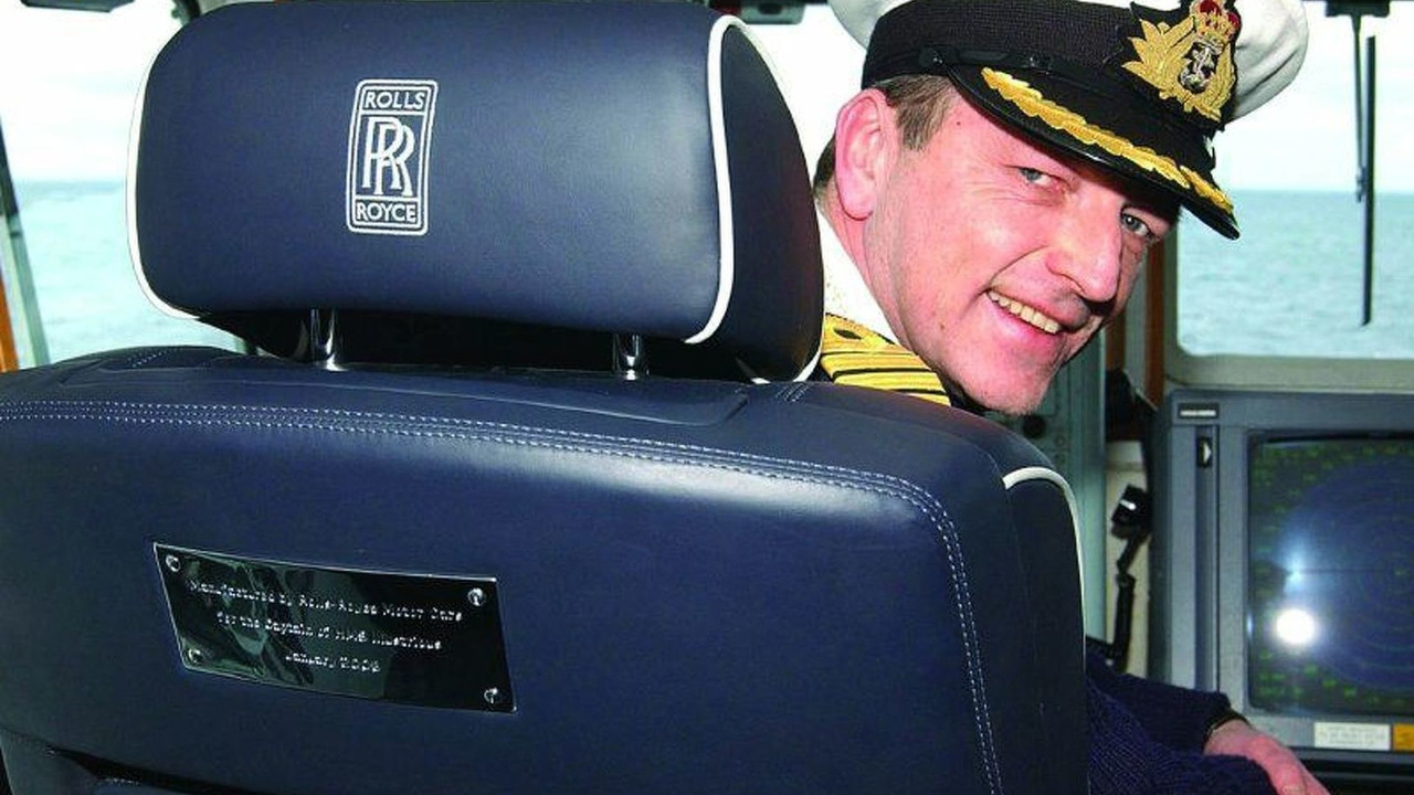 Special Rolls-Royce captain's chair