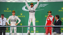 US GP: Hamilton claims third world title, wins crash-filled race