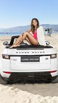 Bond girl Naomie Harris poses with Range Rover Evoque Convertible [video]