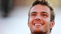 Van der Garde's future father-in-law eyes Williams