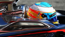 Alonso will race in Malaysia - manager
